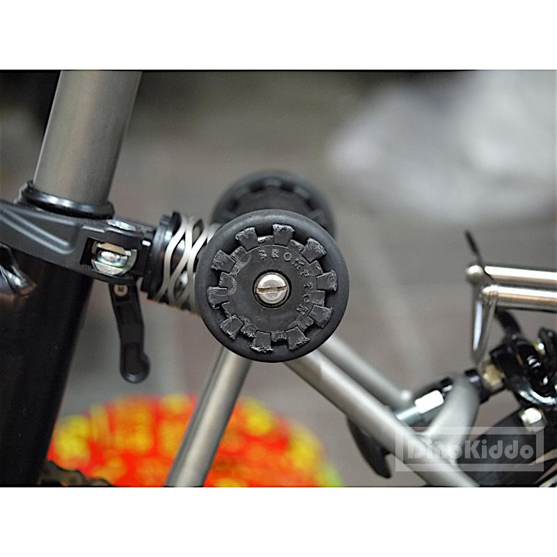 Original brompton easy wheels picture. Brompton parts.